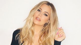 Khloe Kardashian's Christmas Card Photo Is Confusing A LOT Of People & Here's Why