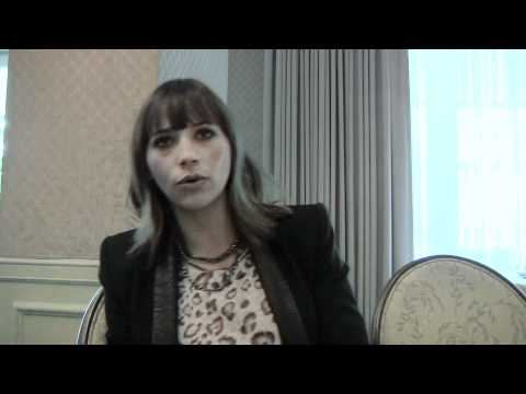 Monogamy - Exclusive: Rashida Jones Interview - YouTube