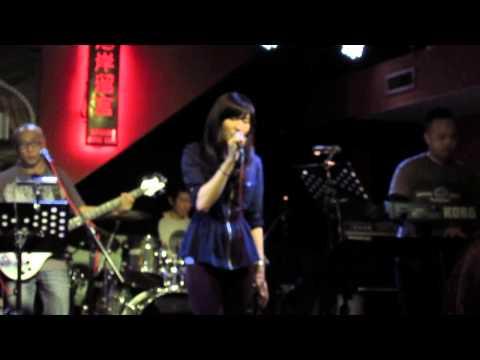 Teresa Tseng 曾詠霖: 我不祝福 (原唱: 陶晶瑩) - 公館河岸留言 mini concert part 4/10 -2014.2.27