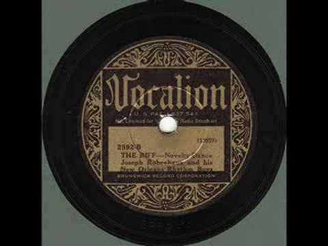Joe Robechaux & His New Orleans Boys - The Riff (1933) online metal music video by JOSEPH ROBECHAUX (JOE ROBICHAUX)