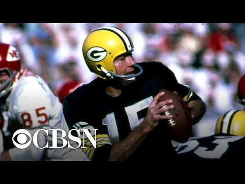 Legendary Green Bay Packers quarterback Bart Starr dies at 85