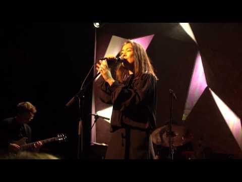 Mitski - Goodbye, My Danish Sweetheart [4K] (Elsewhere Hall 8/18/18)