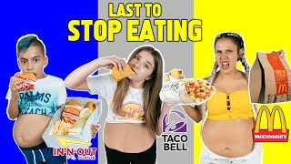 LAST To STOP EATING FAST FOOD Wins $10,000 Challenge! *BAD IDEA* | The Royalty Family