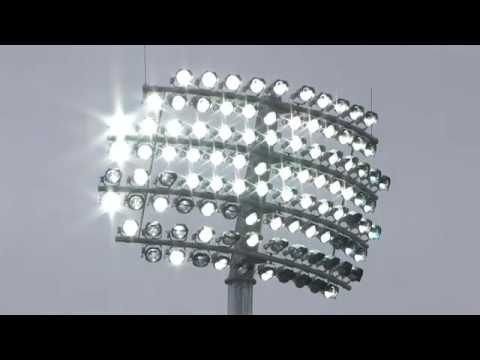 Telescopic masts lighting up Lord's