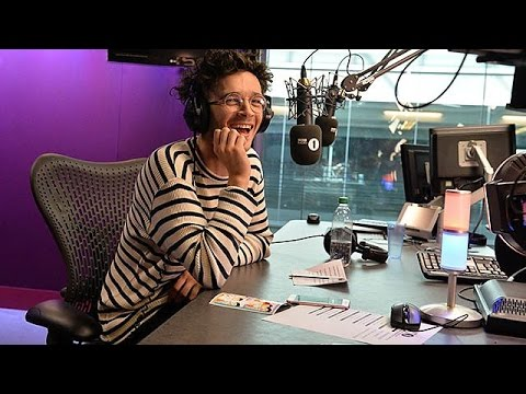 Matty Healy from The 1975 co-hosts The BBCR1's Breakfast Show // PART 3