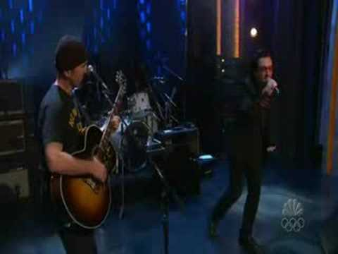 U2 - Stuck In A Moment You Can't Get Out Of acoustic live