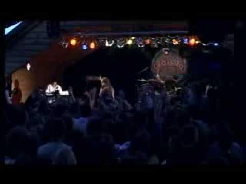 Мика Ньютон - Теплая Река (Live)
