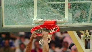 SHAQ BREAKING BACKBOARDS!