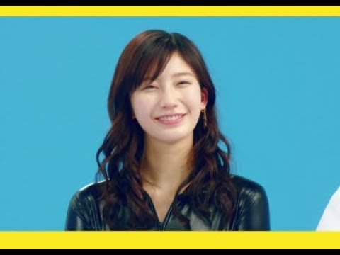 """小倉優香が """"セクシー5変化""""<ライダース姿>「カーナビ 編」"""