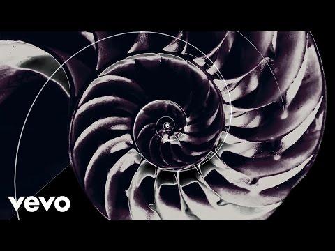 CHVRCHES - Never Ending Circles (lyric video)