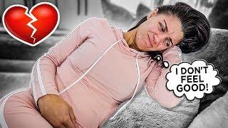 SHE'S HAVING PREGNANCY SYMPTOMS
