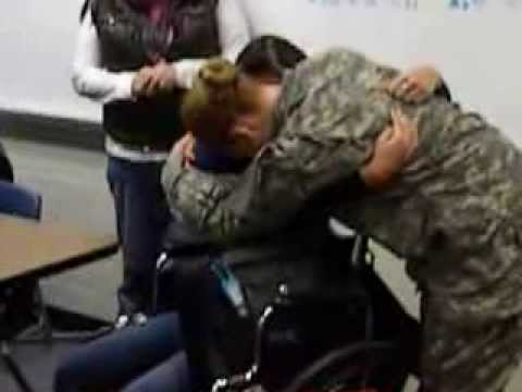 US Soldier surprises her sister at school