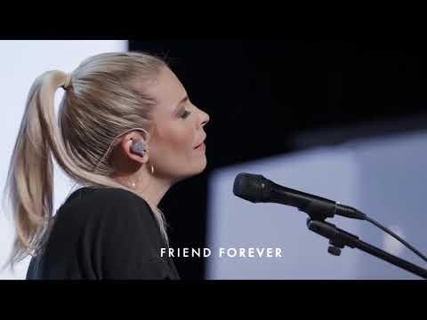 Jenn Johnson & Bethel Church - Worship Medley - What a Beautiful Name - Alleluia