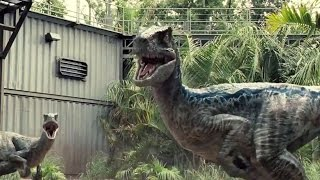 Jurassic World | Owen saves a guy from the Raptors (2015) Chris Pratt