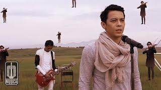 NOAH - Menunggumu (Official Music Video)
