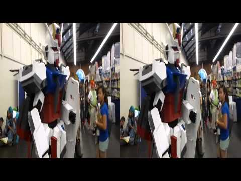 Mobile Suit Gundam Cosplay @ Japan Expo (YT3D:Enable=True)
