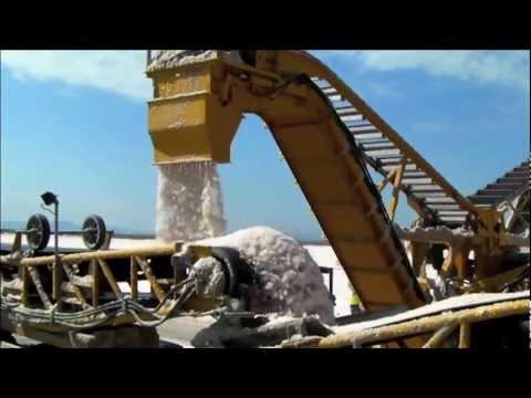 Durrant 566-70 salt harvester in Turkey