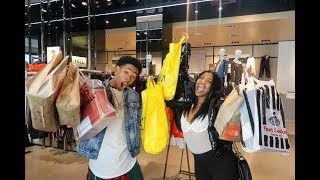 CRAZY LAST MINUTE CHRISTMAS SHOPPING   VLOGMAS DAY 21