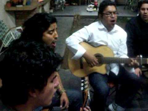kijano guitarreando en la rioja