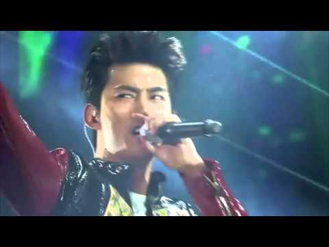 2PM - I Hate You (Remix) @ House Party in Seoul