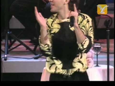 Cristian Castro, Amor - Más y Más - Es Mejor Así, Festival de Viña 2002