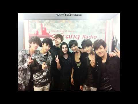 EXO K D.O singing