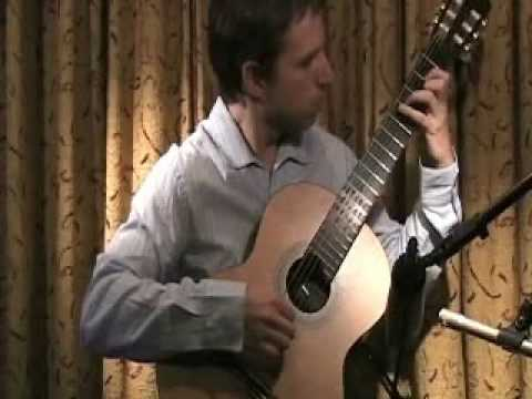 El Chavo del 8 en Guitarra. Turkish March - Classical Guitar