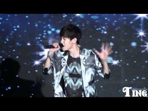 [FANCAM] 120401 EXO Showcase - Baby Don't Cry (Baekhyun focused)