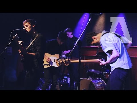 Day Wave - Wasting Time - Shows From Schubas