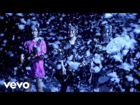 ヤバイTシャツ屋さん - 「泡 Our Music」Music Video