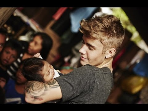 Justin Bieber Helps Build School In Guatemala  - Smashpipe people