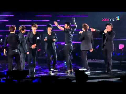 120219 Super Junior Super Show 4 Singapore - Wonder Boy & Rokkugo