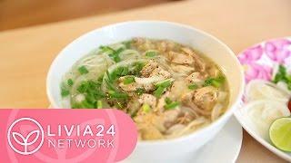 Cách nấu Phở gà đơn giản - Chicken Pho Noodle Recipe