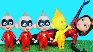 Funny Incredibles Short! Mrs. Incredibles Plays with Jack Jack!