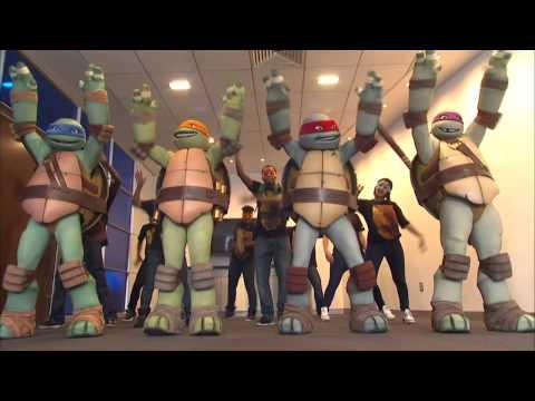 Baixar Gangnam Style (parody) featuring Teenage Mutant Ninja Turtles and Vanilla Ice