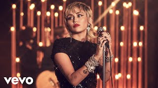 Miley Cyrus - Midnight Sky in the Live Lounge