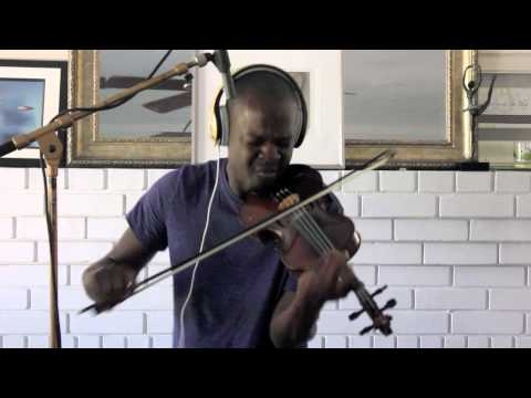 Baixar Avicii ft Aloe Blacc - Wake Me Up - Ashanti Floyd (Violin Cover)
