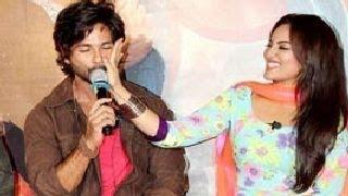 R...RajKumar TRAILER LAUNCH -- Shahid Kapoor, Sonakshi Sinha & Sonu Sood