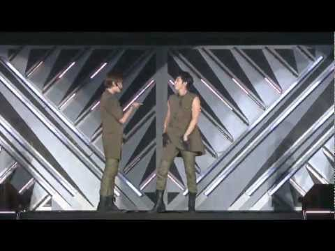 TVXQ! 동방신기 'B.U.T (BE-AU-TY)' SMTOWN LIVE in TOKYO SPECIAL EDITION