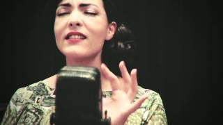 Caro Emerald - Paris (Acoustic)
