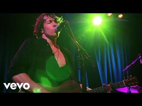 Barns Courtney - Golden Dandelions (US Tour Video)