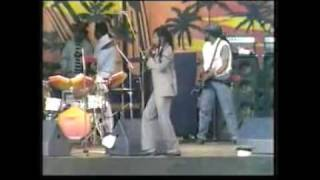 Gregory isaacs -Live Sunsplash 1985