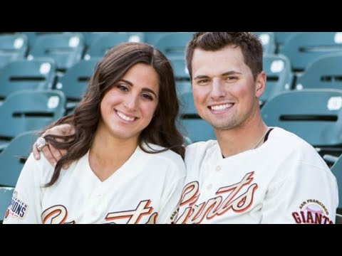 BRITTANY AND JOE PANIK'S GO TO MEAL - PANIK MAC N CHEESE