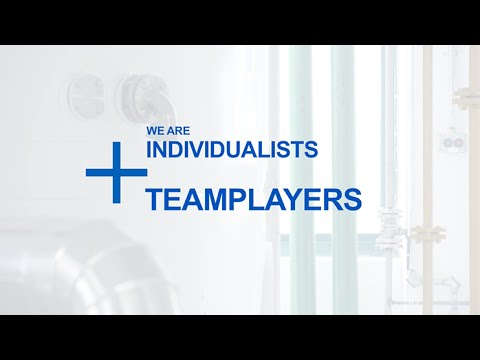 Individualists + Teamplayers