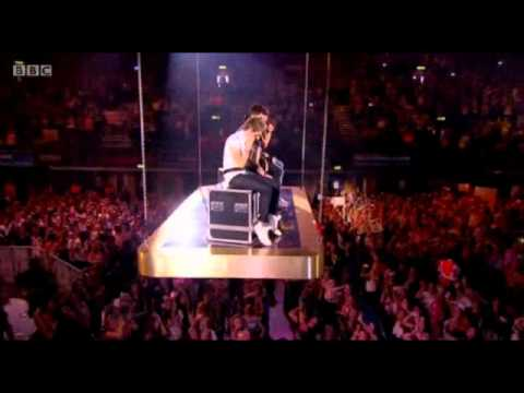 One Direction - Moments - Teen Awards