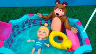 Masha and The Bear - SWIMMING POOL - TOY STORY  #MASHA #MASHAEOURSO #BEARMASHA
