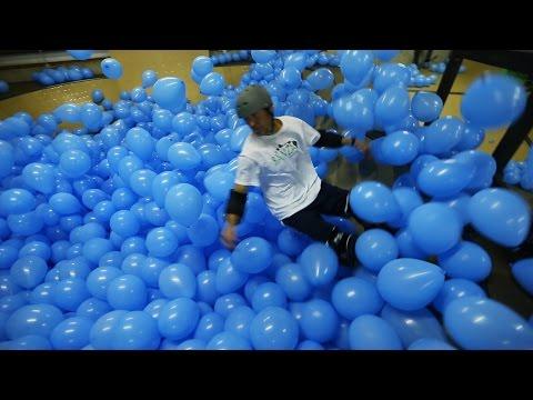Skateboarding u 5001 balon!