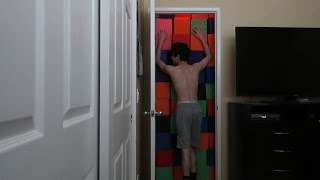 PARENTS TRAP ME IN MY ROOM PRANK!! | FaZe Rug