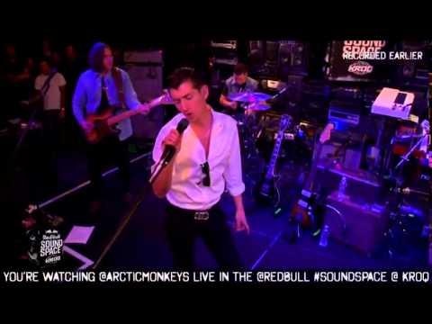 Arabella - Arctic Monkeys LIVE 2013