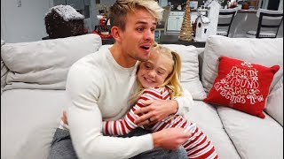Savannah and 6 Year Old Everleigh Surprise Daddy With Pregnancy Announcement!!!